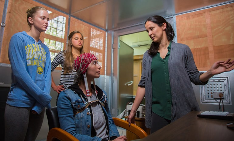 EEG May be Used to Diagnose, Assess Severity of Parkinson's Disease