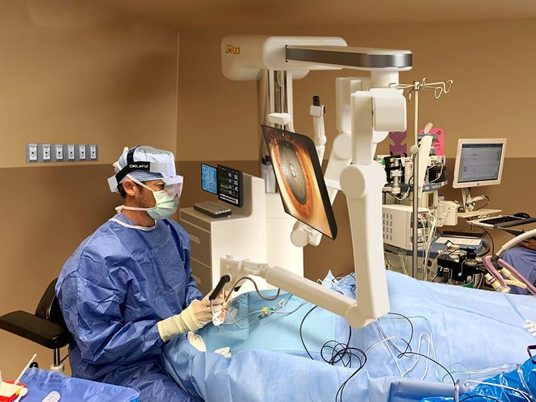 Ocutrx 8K 3D Eye Surgery Imaging System Unveiled